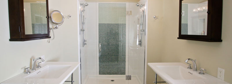 Master Bath of 2621 State St. 4 in Villa Constance North in Santa Barbara listed for $669,000 by Thomas C. Schultheis, Broker Associate at Berkshire Hathaway